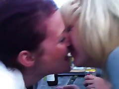 Amateur, Lesbian